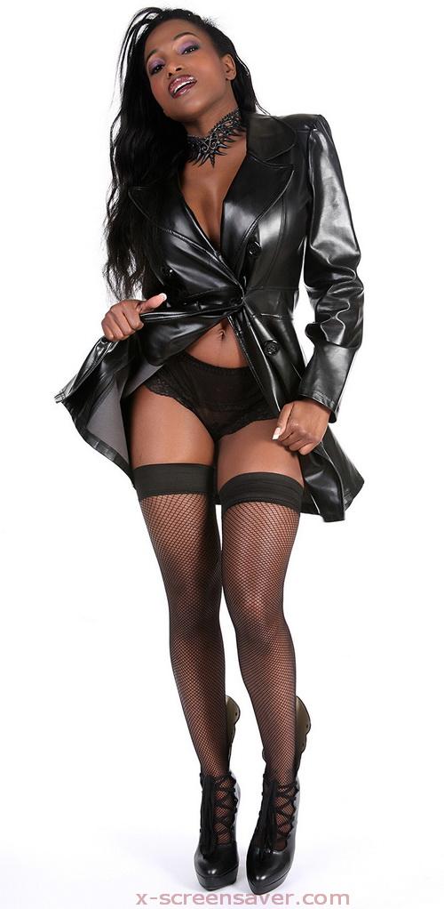 FELINA sexy black babe
