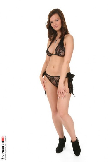 Sexy Rita strip pics