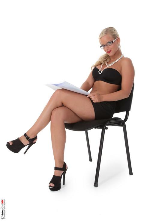 Miela for a Business And Pleasure. Naughty secretary!