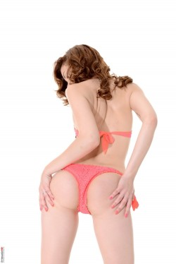 Redheaded model Candy - Candy Sweet Redhead Babe iStripper