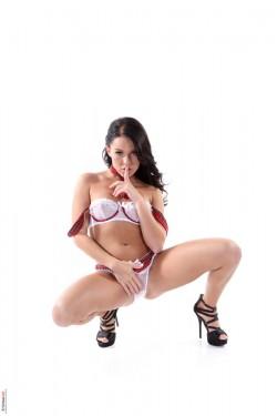 Stripper from Las Vegas - Brunette iStripper Megan Rain