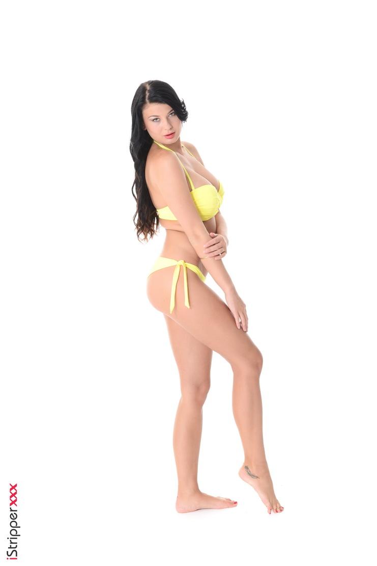 Babe in yellow bikini